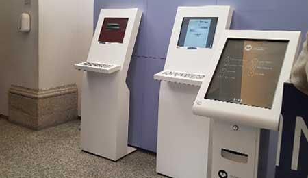 CM Guimarães: Atendimento personalizado com quiosque digital