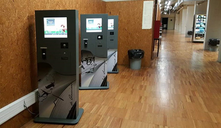 Camilo Castelo Branco High School with Self-Service Kiosks