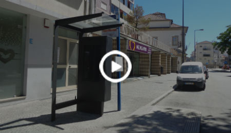 RIVER - INNOVATIVE DIGITAL BUS STOP