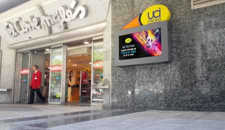 Digital Cinematographic Posters: UCI Cinemas – El Corte Ingles in Lisbon