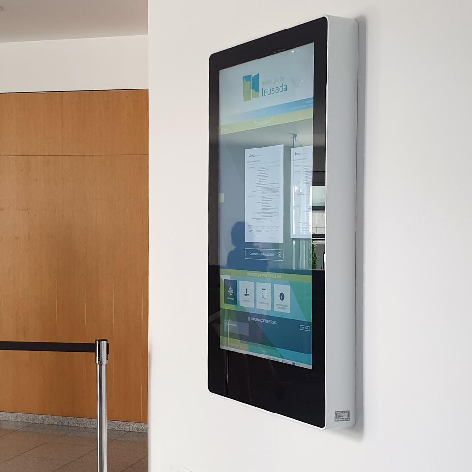 Município de Lousada investe nos quiosques interactivos da PARTTEAM & OEMKIOSKS